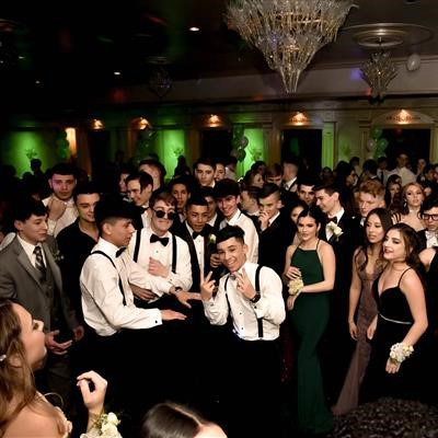 Il Tulipano Hosts Class of 2020's Cotillion