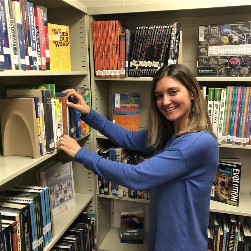Science Teacher Mrs. Leidig Becomes School Librarian