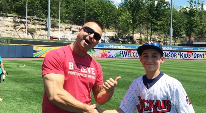 Billy Pinckney '20 interviews professional baseball player Nick Swisher