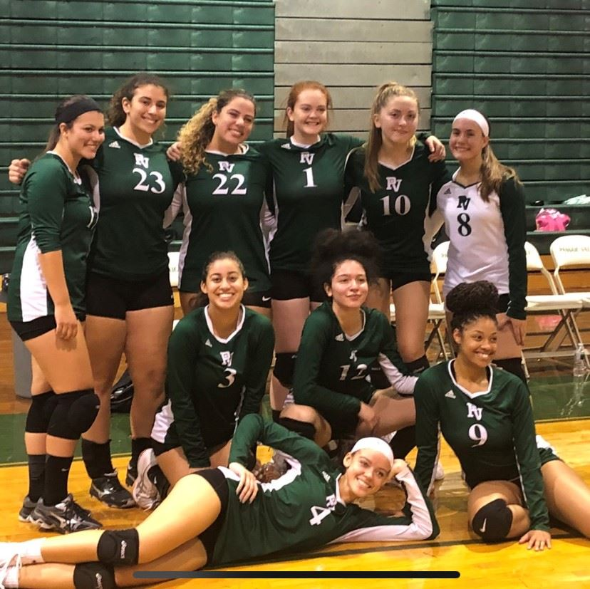 Girls Volleyball Looks Back on Tremendous Season