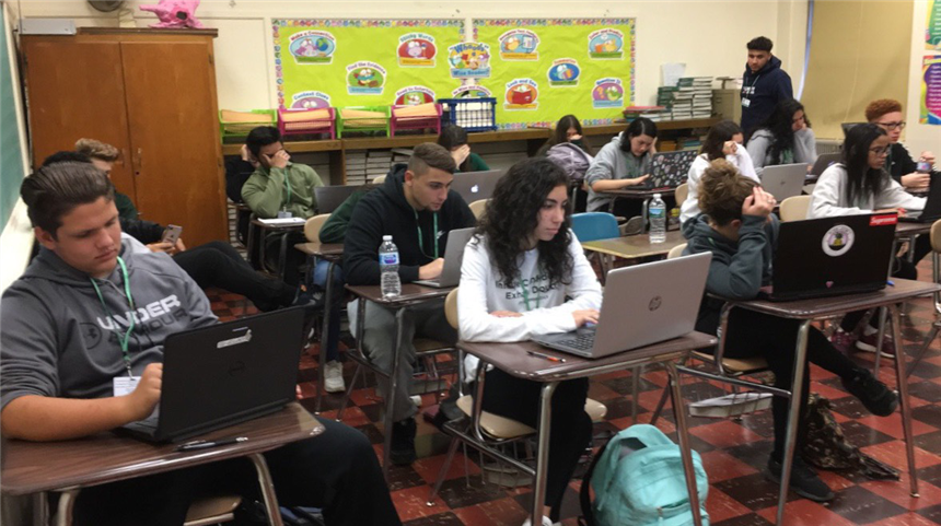 Mr. Schwab's 1st period English class during a meme project; photo credit: Brianna Rodriguez