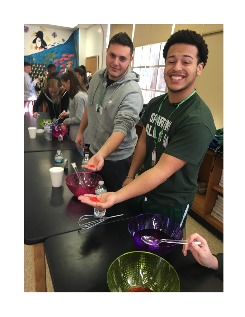 Chemistry Students Perform Edible Water Bottle Experiment