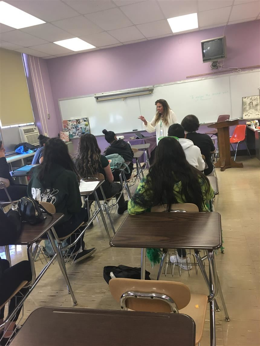 Mrs. Dellanno teaching the Gender Studies class; photo credit: Brianna Rodriguez